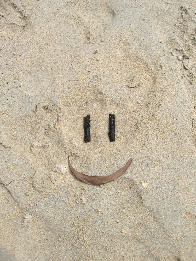 Thai beach smileys (2/3)